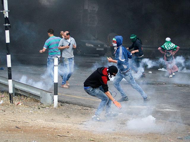 """Палестинская """"Накба"""" в трауре и огне"""