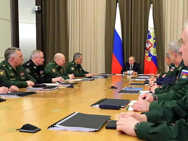"""Путин: """"Российские корабли, вооруженные ракетами """"Калибр"""", будут постоянно дежурить в Средиземном море"""""""