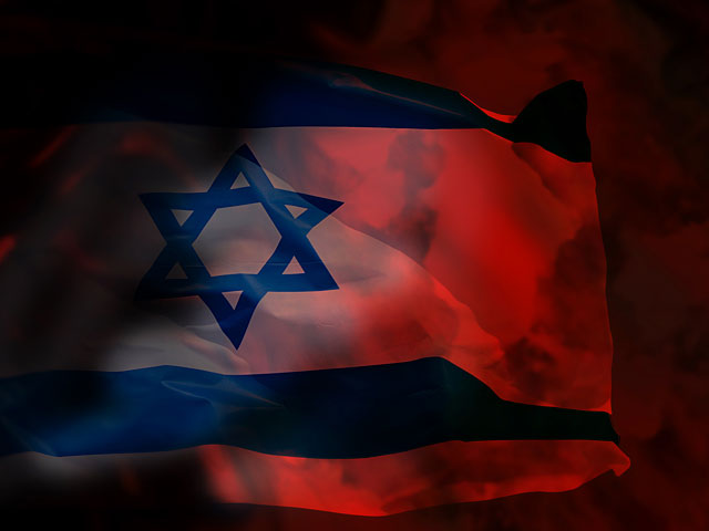 """Житель Филадельфии """"расстрелял"""" флаг Израиля над памятником жертвам Холокоста"""