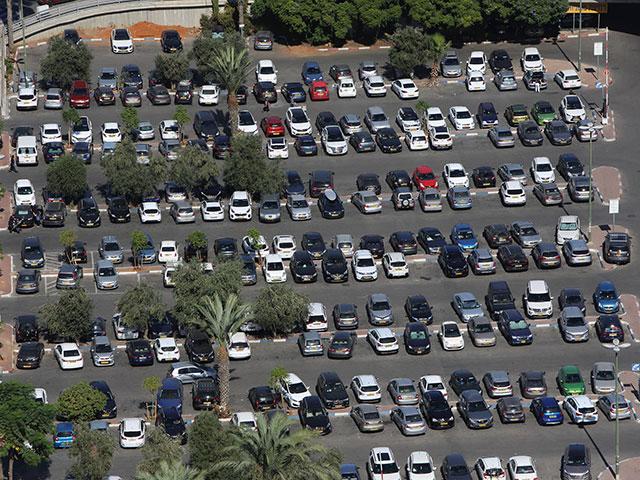 51% респондентов считают, что автомобиль надо менять не реже, чем раз в 1-5 лет