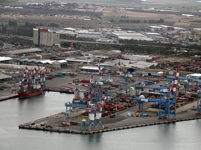 Рабком Хайфского порта согласился сократить должность ключника и еще 16 фиктивных ставок