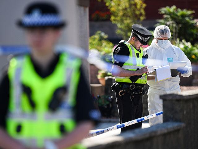 """Скотленд-Ярд: пострадавшие в Эймсбери были отравлены """"Новичком"""""""