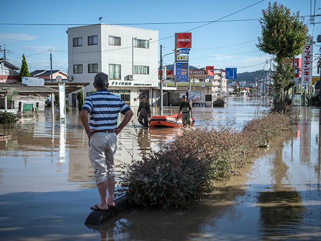 Наводнения в Японии, множество погибших