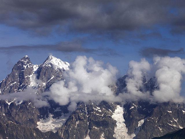 На Эльбрусе найдены останки альпинистки, погибшей 31 год назад