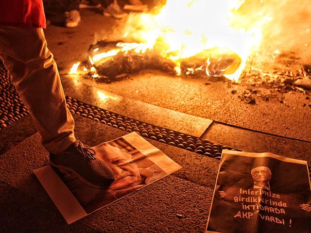 """В Турции отправлен в тюрьму судья, освободивший """"имама FETO"""""""
