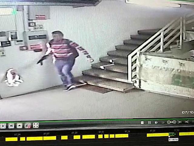 СМИ: задержана сестра террориста, убившего израильтян в Баркане