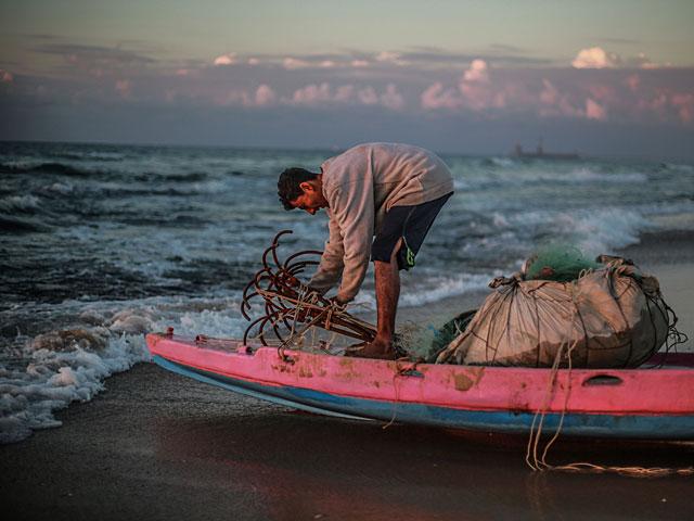 Около побережья Газы задержаны рыбаки-нарушители