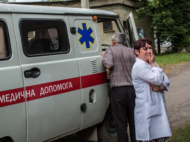 При обстреле села в Луганской области погибли местная жительница и ее 17-летняя дочь