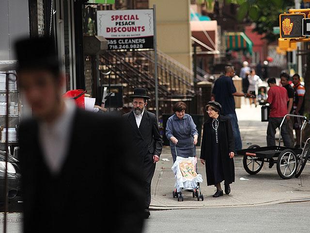 В Бруклине по дороге в синагогу избит религиозный еврей