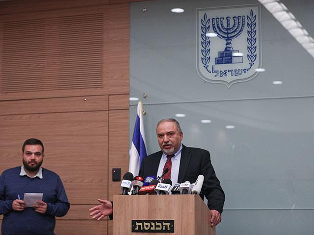 Либерман сообщил о решении уйти в отставку с поста министра обороны Израиля