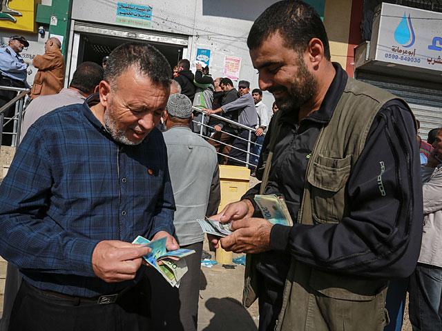 """Нетаниягу: передача денег в Газу контролируется лучше, чем """"при Абу Мазене"""""""