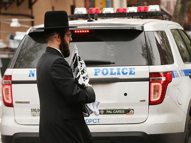 """""""Что делают в Америке вонючие евреи?"""" – спрашивает аноним члена горсовета Нью-Йорка"""