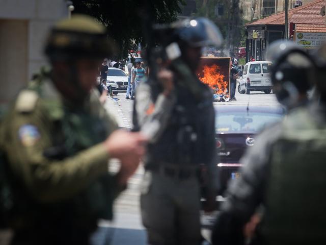 ЦАХАЛ проводит обыск в редакции палестинского агентства Wafa в Рамалле