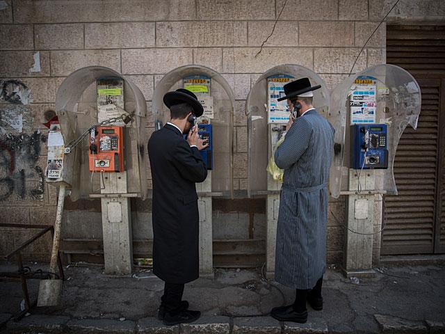 ЦСБ: 30% израильтян стабильно тратят больше, чем официально зарабатывают