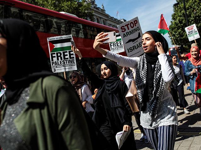 """Глава """"Палестинского центра возвращения"""" добился исключения из базы данных террористов"""