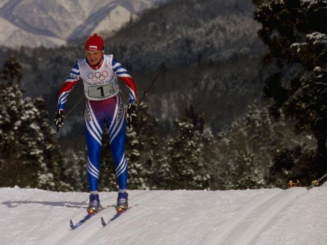 Российская олимпийская чемпионка избила елкой директрису школы имени себя