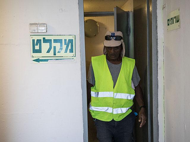 Бомбоубежища открываются в Тель-Авиве, Беэр-Шеве и Ришон ле-Ционе