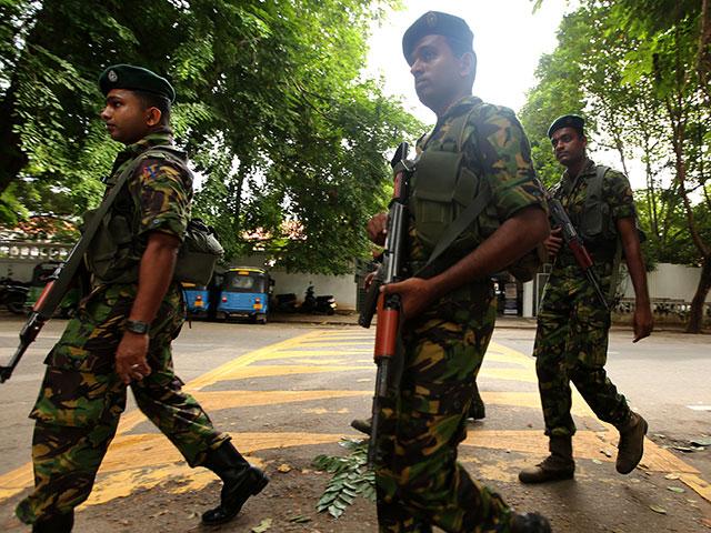 Среди жертв терактов на Шри-Ланке не менее девяти иностранцев