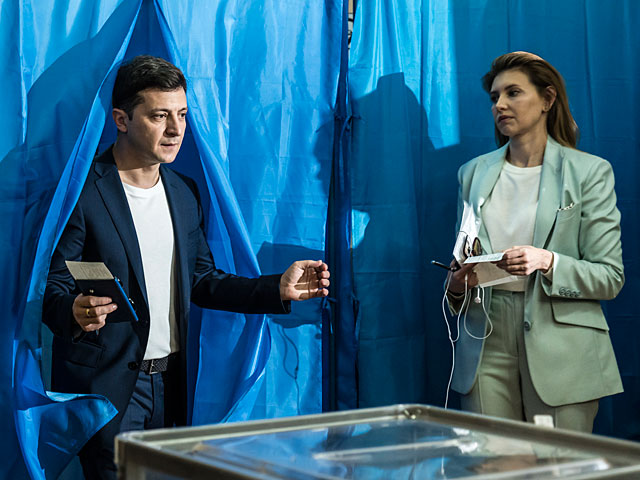 Экзит-поллы: президентом Украины будет Владимир Зеленский