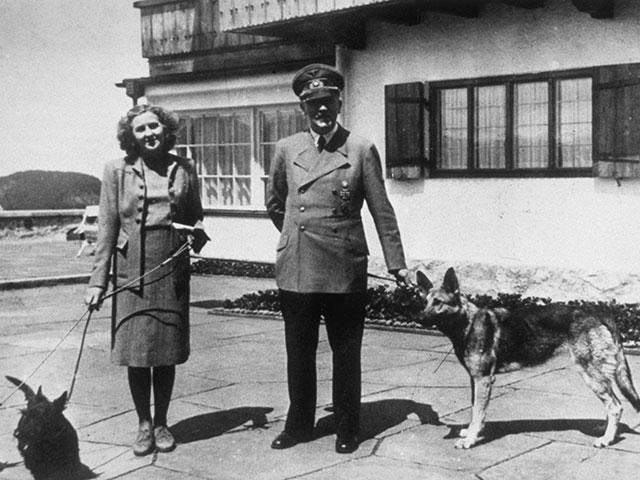 ФБР рассекретило версию побега Гитлера и Евы Браун в Аргентину