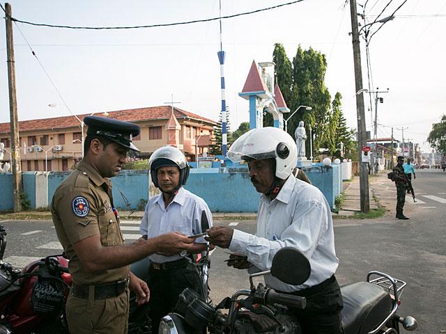 Мусульмане Шри-Ланки в опасности: введен комендантский час