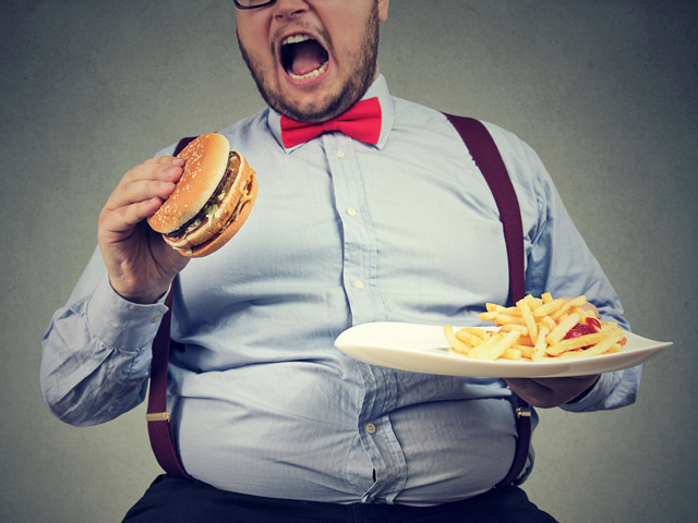 Исследование: почему человек продолжает есть, хотя уже сыт