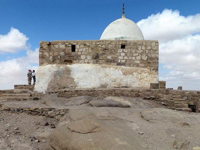 Исламское святилище XIV века над могилой Аарона