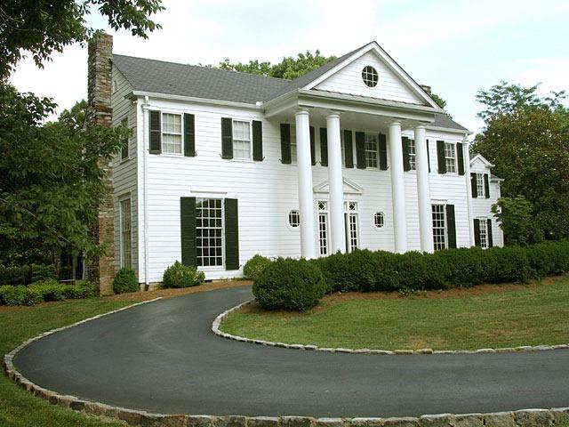 Супруги из Нью-Джерси продали дом мечты, ставший для них кошмаром