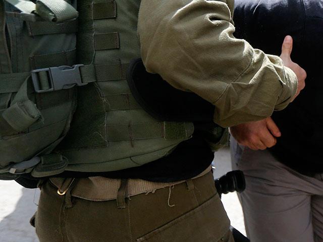 На границе с Газой задержан палестинский араб, вооруженный ножом