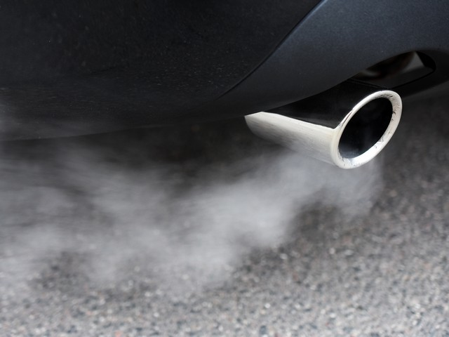Власти Ирландии запретят продажу бензиновых и дизельных автомобилей