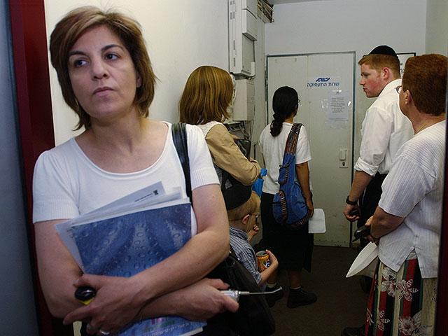 Количество безработных в Израиле превысило 800 тысяч человек