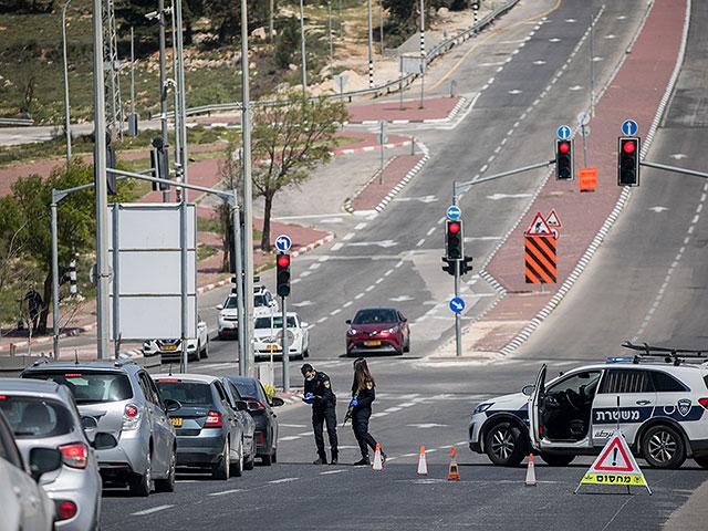 На шоссе №1 и 443 полиция проверяет автомобили, направляющиеся в Иерусалим
