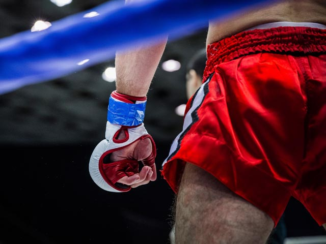 Турнир UFC 249 отложен из-за пандемии коронавируса