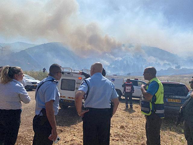 В районе Кирьят-Тивона возник лесной пожар