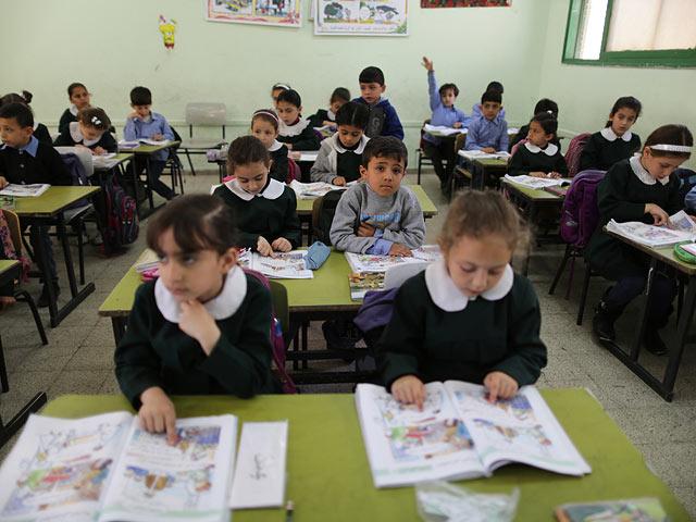 Норвегия прекращает финансировать систему образования Палестинской автономии из-за подстрекательских учебников