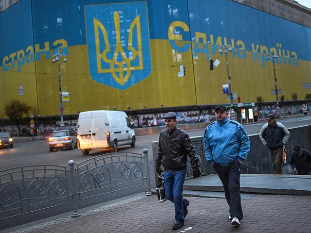 В Киеве пассажиры избили водителя трамвая за то, что он попросил их надеть маски