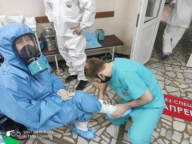 Официальные данные по коронавирусу в России: около 829 тысяч заразившихся, не менее 13673  умерших