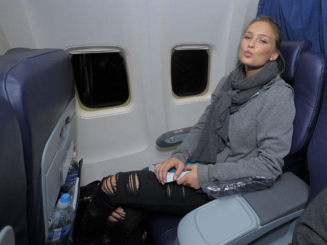 Бар Рафаэли в самолете