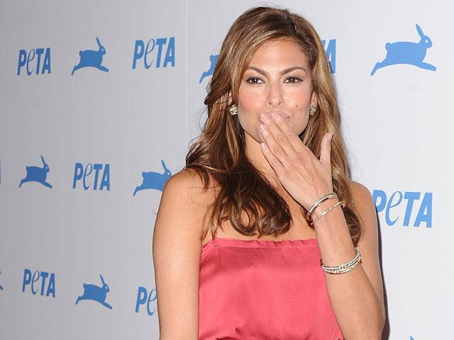 Актриса и модель Эва Мендес на мероприятии PETA