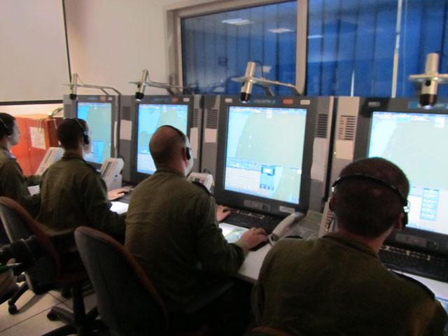 """10 Канал ИТВ показал короткую видеозапись испытаний, в ходе которых пусковая установка выпустила макет ракеты """"Хец-3"""""""