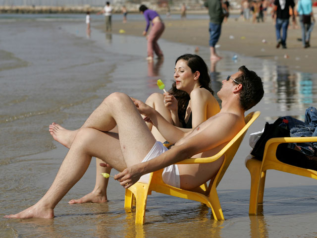 Оргия на пляже тель аваи видео