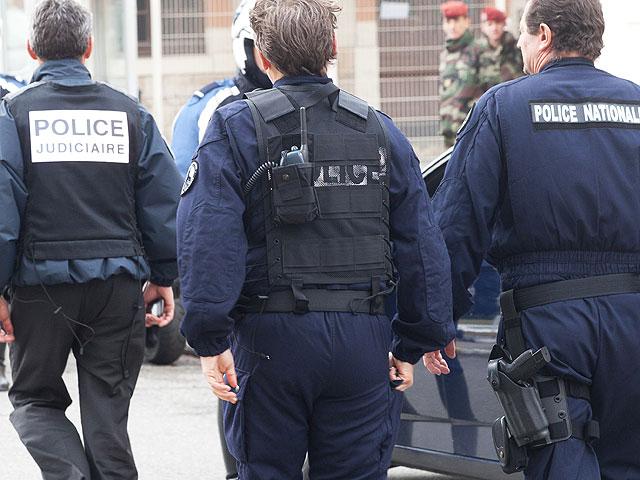 """Полицейский спецназ вошел в дом """"тулузского террориста"""""""