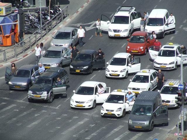 Тель-Авив. 19 апреля 2012 года, 10:00