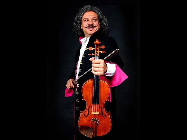 В Израиле выступит цыганский скрипач-виртуоз Роби Лакатош