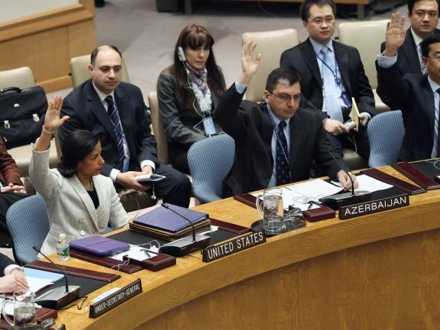СБ ООН единогласно утвердил отправку 300 невооруженных наблюдателей в Сирию