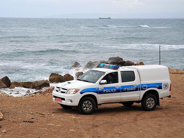 Отряд морской полиции, искавший утонувшего мальчика, спас 15 человек