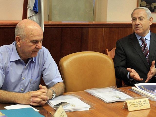 Авигдор Либерман и Ицхак Аронович, отсутствовавшие на заседании, передали свое несогласие с внесенными поправками в письменной форме