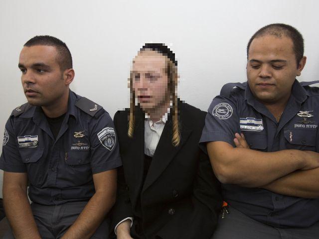 Учитель, забывший ребенка в машине, переведен под домашний арест
