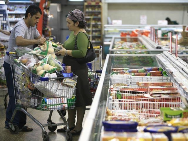 На еду в процентном отношении больше всех вынуждены тратиться жители Беэр-Шевы