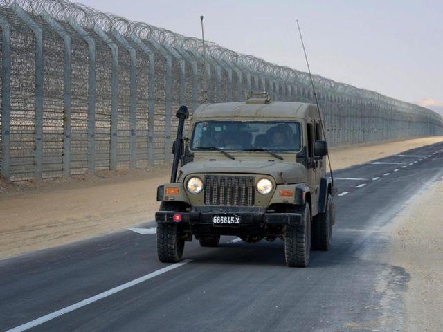 Забор на египетской границе
